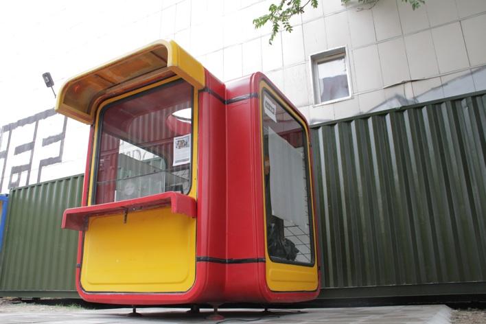 Der k67_Urban Router in der Schönhauser Alle, Berlin